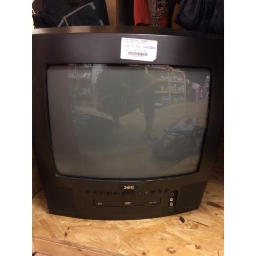 Draagbare tv met ingebouwde dvd speler en afstandsbediening
