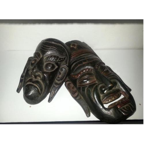 antieke tibetaanse maskers 10 euro per stuk