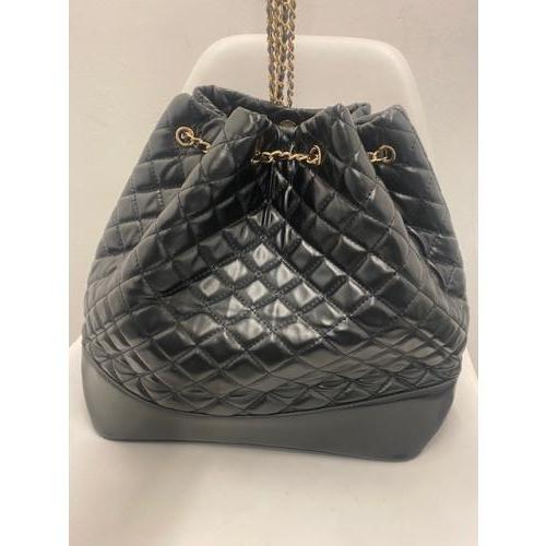 Zwarte tas met gouden details